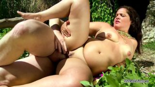 Hardcore & titty fuck to busty fat girl outdoor