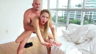 Blonde Spinner Split in Half, So its a HARD FUCK (www.sexx4all.com)