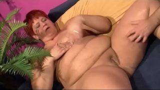 Fat chick fucks her husband – Ehefrau will sex vom Mann – german